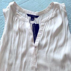 NWT Banana Republic sleeveless blouse